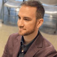 Leon Turetsky CEO of Back Intelligence